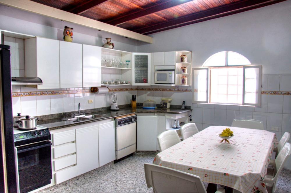 Casa Los Robles_0002_3_4_tonemapped